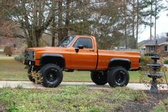Lifted Square Body Chevy looking fresh.