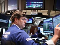 'Cliff' Fears Give Stocks Worst Week Since June - US Stock Market News - CNBC