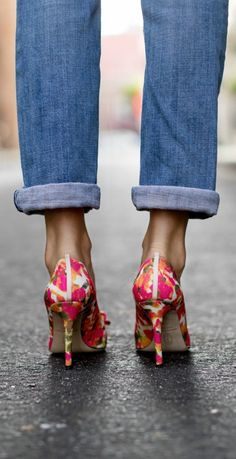 floral sjp collection sister pumps styled casually with boyfriend jeans and oversized button front collared shirt