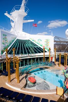 Soak up the sun in the Solarium. This adults-only indoor/outdoor pool onboard Independence of the Seas features a retractable roof.