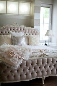 Blush room...oh the bed!