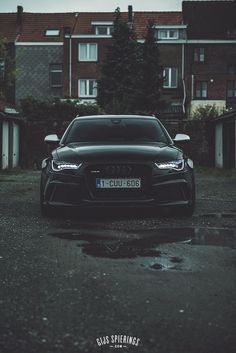 Damn! Supersexy Audi RS6