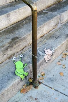Die Wesen in Zinns Zeichnungen sehen aus wie Figuren aus Kinderbüchern: Sie sind meistens freundlich ...