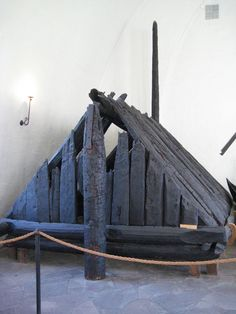 Burial hut that would sit on the ship when it was buried.