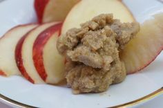HOMEMADE HONEY WALNUT CASHEW BUTTER! This is so easy, don't be intimated. So so so good too! www.monimeals.com