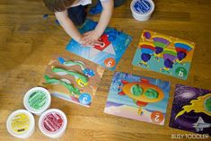 EARLY LEARNING: MATH WITH TODDLERS - Awesome toddler math activities perfect for early learners.