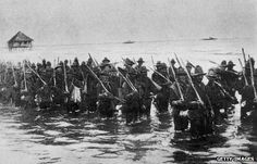 Philippine war 1890s images | ... troops before an attack on Manila during the 1898 Spanish-American war