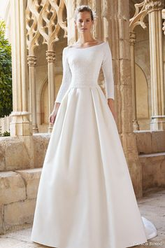 Wonderful Perfect Wedding Dress For The Bride Ideas. Ineffable Perfect Wedding Dress For The Bride Ideas. Stunning Wedding Dresses, Modest Wedding Dresses, Perfect Wedding Dress, Beautiful Gowns, Bridal Dresses, One Shoulder Wedding Dress, Wedding Gowns, Vestidos Vintage, Vintage Dresses