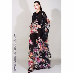 this Black and Pink floral kaftan at Zuhair Murad cruise/resort 2016!