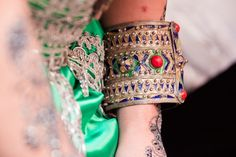 Wedding, mariage, love, amour, oriental, bride and groom, wedding dress, bijoux kabyle, tamazigh, jewellery