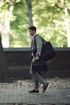 #MensFashion #Gentleman #Men #Fashion #Suit #Jacket #SingleBreasted #Shirt #Tie #Pocketsquare #Lapels #Vents #SleeveButtons #Trousers #Cuffs #Fabrics #GoodLooking #Elegance #Bag