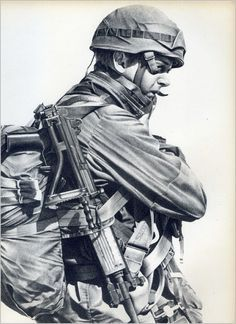 SADF.info Military Art, Military History, South African Air Force, Parachute Regiment, Military Drawings, Defence Force, Paratrooper, Special Forces, Us Army