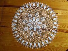 Mandala Au Crochet, Crochet Mat, Crochet Gifts, Filet Crochet, Crochet Borders, Crochet Stitches, Crochet Patterns, Lace Doilies, Crochet Doilies