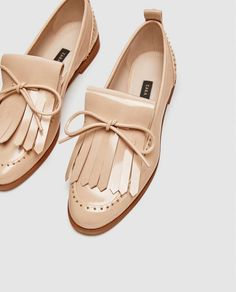 Image 7 of LOAFERS WITH BOW DETAIL from Zara