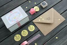 Minisello con nombres y fecha para personalizar tu boda. Ya disponible en la tienda online:  www.hermanasbolenashop.com