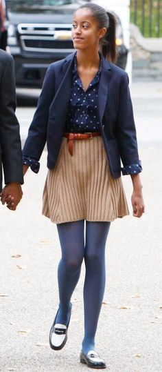 New Fashion Icon: Which Malia Obama's Outfit Was The Best? Barack Obama Family, Malia Obama, Obama Daughter, First Daughter, Obama Family Pictures, Malia And Sasha, First Black President, Black Presidents, Barack And Michelle