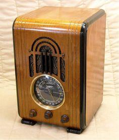 1938 Zenith Stambaugh 5 S 228 Radio E Tv, Tv On The Radio, Tvs, Poste Radio, Home Theater Sound System, Retro Radios, Old Time Radio, Phonograph, Art Deco Furniture