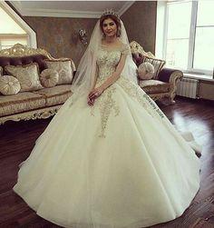 ♥ Wedding photo ♥ #wedding #dresses #photo #photograph #style #groom #vegasney #nail #heirstyle #norway #america #love #tagsforlike #lovely #Weddingdream4u #bridesmaid #fashions #follow #page #duhok #hawler #kerkok #sulemani #zaxo #kurdish #kurdi #kurdistan ★★★★★ . . . 》Follow : { @dreamy.bride } . . . 》Admin : { @diana_albeyboni } . . . 》FOLLOW  @dreamy.bride . 🌸🌸🌸🌸🌸🌸🌸🌸🌸🌸🌸