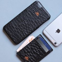 Black baby croco effect leather S6 full kaplama kilif S7 dikey kartlik . #serapaktugleathergoods #black #croco #iphonecase #cardholder #luxe #leather #accessories #style fashion #aksesuar #kartlik #iphonekilif #deriaksesuar #cool #lifestyle
