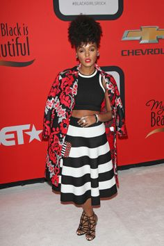 I'm loving everything about this look especially her hair. janelle monae black girls rock 2015 on the scene