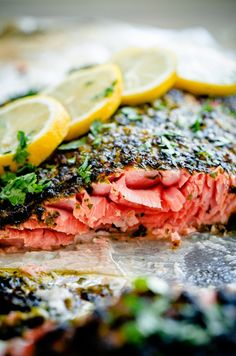 Weeknight Broiled Salmon with Chermoula Herb Crust by bloggingoverthyme: Easy, delicious dinner that can be prepared in prepped and cooked in less than 20 minutes. #Salmon #Cilantro #Garlic #Lemon #Capers #Healthy#Easy