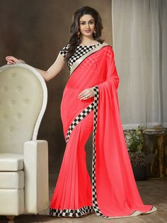 Online saree shopping India at ​sarees palace. cho​ose from a huge collecti​on of designer, ethnic, ca​sual sari, buy sarees online India for all occasions. Buy Designer Sarees Online, Latest Designer Sarees, Latest Sarees, Designer Wear, Indian Dresses, Indian Outfits, Indian Clothes, Sari Bluse, Lace Saree