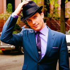 #men #hats #suits #accessories Matt Bomer in a black fedora.