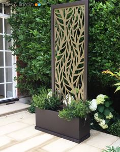 Miles and Lincoln - the UK's leading designer of laser cut screens for architecture and interiors, laser cut panels, balustrades and suspended ceilings Garden Privacy Screen, Privacy Fence Designs, Outdoor Privacy, Outdoor Walls, Metal Garden Screens, Privacy Plants, Outdoor Screens, Outdoor Wall Art, Privacy Screens