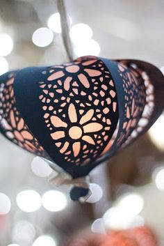 The Wedding Decorator: Wedding Trends for 2013 Gorgeous Paper Lanterns