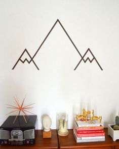 love this DIY Washi Tape Mountain Wall Art Tape Wall Art, Tape Art, Diy Wall Art, Diy Wall Decor, Diy Home Decor, Masking Tape Wall, Simple Wall Art, Easy Wall, Paper Tape