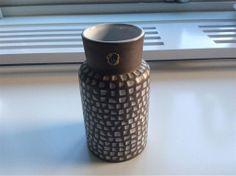 RETRO Corso vas INGRID ATTERBERG UPSALA-EKEBY 50-60 tal Second Hand, Mid Century, Pottery, Ceramics, Retro, Ceramica, Ceramica, Pottery Marks, Ceramic Art