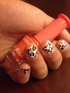 Cheetah print nail art