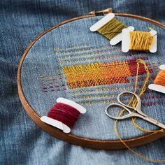 Visible Mending: 7 Tricks to Know Before You Sew - Use the basics of weaving to create unique patches on your worn-through clothing! Visible mending i - Sewing Hacks, Sewing Tutorials, Sewing Crafts, Sewing Patterns, Sewing Tips, Stitch Patterns, Sewing Basics, Clothes Patterns, Sashiko Embroidery
