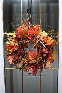 52 Fall Wreath Ideas - Simple Yet Creative Wreaths Thanksgiving Wreaths, Autumn Wreaths, Thanksgiving Decorations, Halloween Decorations, Christmas Wreaths, Diy Wreath, Wreath Ideas, Fabric Wreath, Door Wreaths