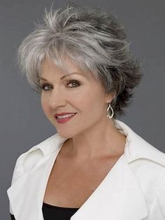 Awesome 76 Short Hairstyles for Women Over 50 https://bitecloth.com/2017/08/17/76-short-hairstyles-women-50/