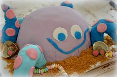 Mustekala-kakku :) Desserts, Kids, Food, Tailgate Desserts, Young Children, Deserts, Boys, Essen, Postres