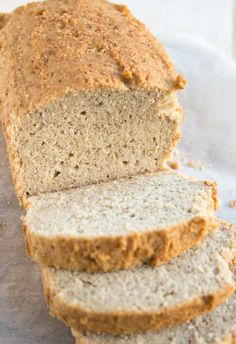 A quick and easy almond flour bread that does not taste eggy. The perfect keto bread recipe for sandwiches! Gluten free and low in carbs. Almond Flour Bread, Almond Flour Recipes, Best Keto Bread, Low Carb Bread, Low Carb Recipes, Bread Recipes, Fish Recipes, Appetizer Recipes, Soup Recipes