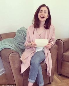 Lily Collins reveals heartfelt message from Michelle Obama #dailymail