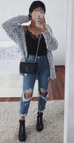 63 simple spring outfits style with jeans 10 Winter Fashion Outfits, Fall Winter Outfits, Look Fashion, Autumn Fashion, Fall School Outfits, Rainy Day Outfit For School, Teen Fashion Winter, Ootd Winter, Fall Outfits For Teen Girls