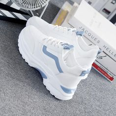 Women Vulcanize Shoes Casual Fashion 2020 New Woman Comfortable Breathable White Flats Female Platform Sneakers Chaussure Femme Moda Sneakers, Sneakers Mode, Best Sneakers, White Sneakers, White Flats, Sneaker Outfits Women, Womens Fashion Sneakers, Fashion Shoes, Fashion Women