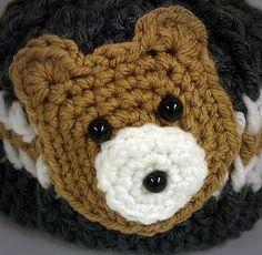 bear head appliqué free crochet pattern- will look so cute on a hat, diaper bag or blanket!