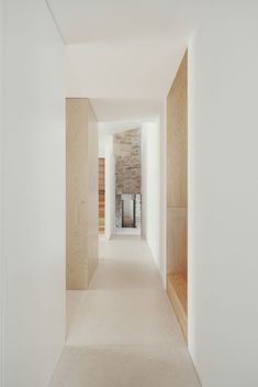House in Serra de Janeanes by João Branco. Nice, warm and subtle hues.