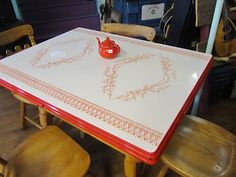 Red U0026 White Enamel Table Top Hearts And Vines By Mochi