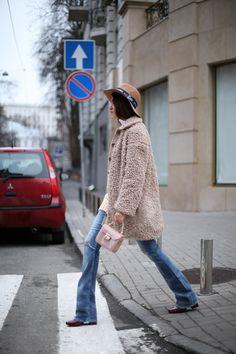 Tina Sizonova / PrivetOUTLET //  #Fashion, #FashionBlog, #FashionBlogger, #Ootd, #OutfitOfTheDay, #Style