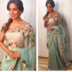 Cannot get enough of this beautiful saree by @sabyasachiofficial for the summer #RedGlamSquad #RedCarpet #glam #style #bridal #allthingsbridal #fashion #indianfashion #indian #indianwedding #punjabi #punjabiwedding #sikh #sikhwedding #hindu #hinduwedding #bollywood #desi #desibride #desicouture #couture #lehnga #delhi #mumbai #india #makeup #designer #vancouver