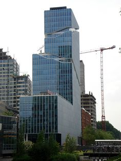 File:Viñoly Tower 00341.JPG