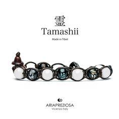 Tamashii - Bracciale originale tibetano realizzato con pietre naturali Agata Bianca e legno orientale autentico con SIMBOLI MANTRA incisi a mano