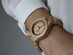 Armbanduhren - Handgemachte, moderne Ahorn Armbanduhr + Box - ein Designerstück von woodlovershandmade bei DaWanda