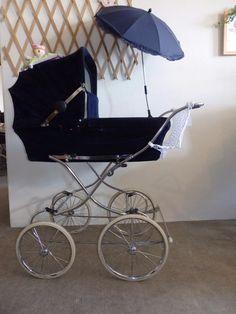 wunderschöner Teutonia Nostalgie Kinderwagen mit Sonnenschirm & Netz 80er Retro
