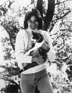 Judy Blume   Ella ha escrito muchas novelas para niños y adultos jóvenes que han superado las ventas de 80 millones y han sido traducidos en 31 idiomas